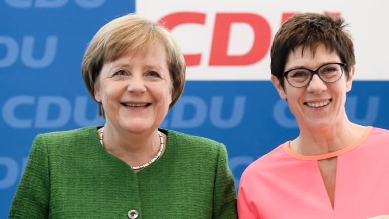 Меркел е разочарована от приемничката си Анегрет Крамп-Каренбауер
