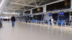 Самолетите над България са намалели драстично