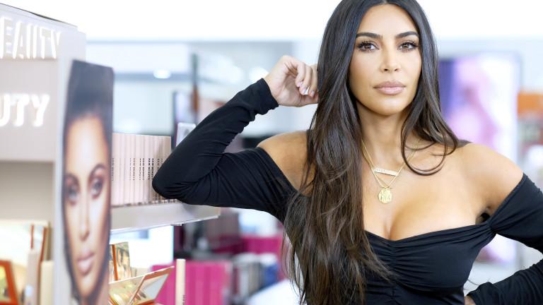Ким Кардашиян влезе в клуба на милиардерите