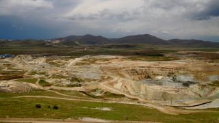 Glencore продава златен рудник в Казахстан за 2 млрд. долара