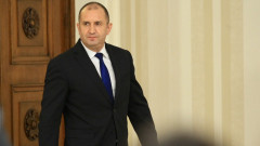 "Не аз спирам 10 г. приоритета на Борисов АМ ""Хемус"", отсече Радев"