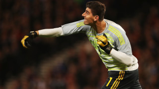 Куртоа: В предни позиции Азар носи много на Реал