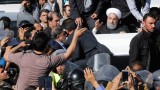530 загинали и близо 8000 ранени при земетресението в Иран