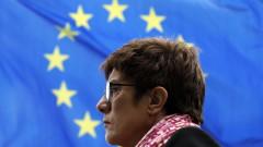 """ЕНП изключва възможността за съюз с """"Лига"""" на Салвини"""