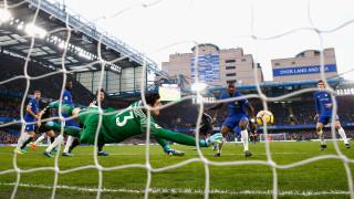 В Англия: ПСЖ с примамлива оферта към Челси за Тибо Куртоа