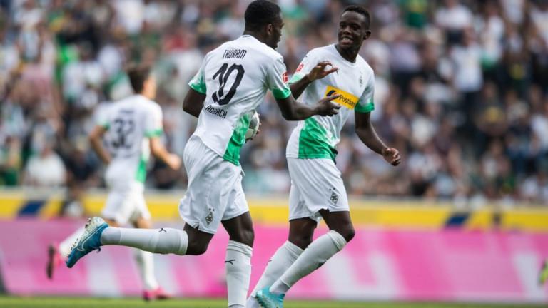 Борусия (Мьонхенгладбах) постигна обрат и победи с 2:1 у дома
