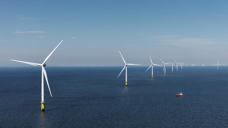 Най-голямата офшорна вятърна електроцентрала вече може да се види от