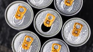 Родители искат забрана за продажба на енергийни напитки на деца