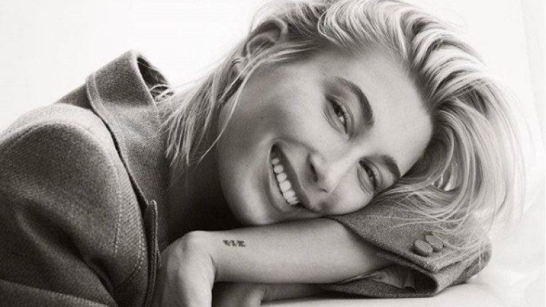 Хейли Болдуин и корицата на Vogue Мексико