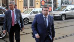 Работодателите настояват Цацаров да провери пазара на ток