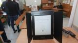 Подготовката за машинното гласуване наесен да започне сега, предлагат на ЦИК
