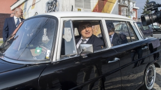 Борисов гласува и се размечта от утре народът да бъде като един човек