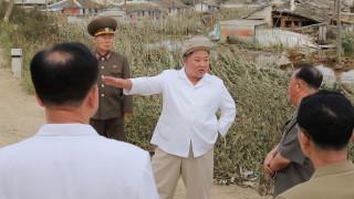 Тайфун осуети централното планиране в КНДР до края на годината