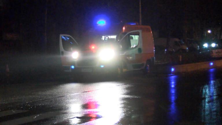 Кола помете неправилно пресичаща пешеходка във Варна