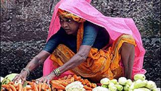 """Забраниха на индийските """"моми"""" да ползват GSM"""