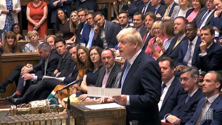 Борис Джонсън готов да даде амнистия на 500 000 нелегални имигранти