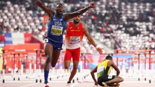 Грант Холуей прелетя най-бързо над препятствията на Световното в Доха