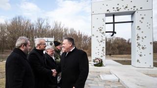 САЩ предупредиха Източна Европа за намесата на Русия и Китай