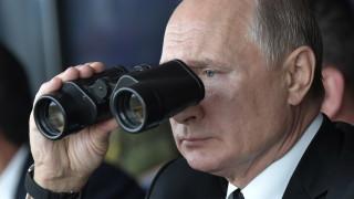 Путин предлага на Британия мораториум за ядрени ракети, тя отговаря, че е с НАТО