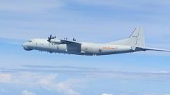 Китайски бойни самолети симулираха атака по US самолетоносач до Тайван