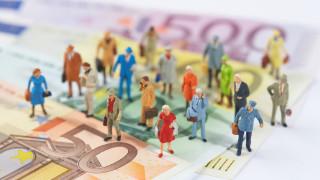 Инфлацията в еврозоната неочаквано се забави до тригодишен минимум