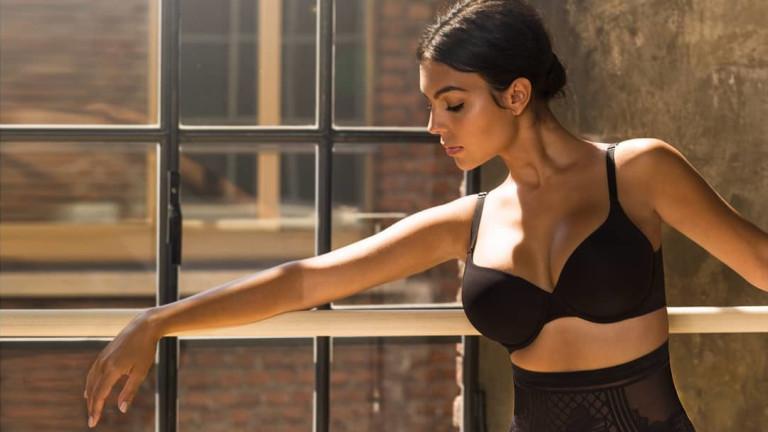 Новите секси провокации на Джорджина Родригес
