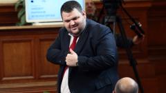 """Темата """"Пеевски"""" се преекспонира, обяви в трето лице ДПС депутатът"""