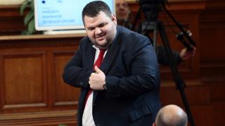 Властта се надява Пеевски да възроди Северозапада с покупката на Химко