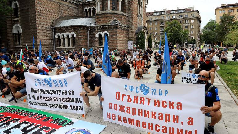 Полицаите се готвят за национален протест