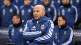 Лионел Меси съветва Хорхе Сампаоли преди старта на Мондиал 2018