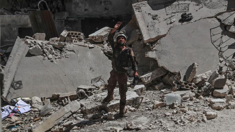 Десетки цивилни загинаха при US удари над Сирия