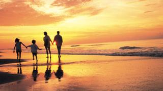 Закриват летния сезон и за варненските плажове