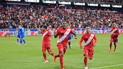 Перу и Дания стартират борбата за второто място в Група C