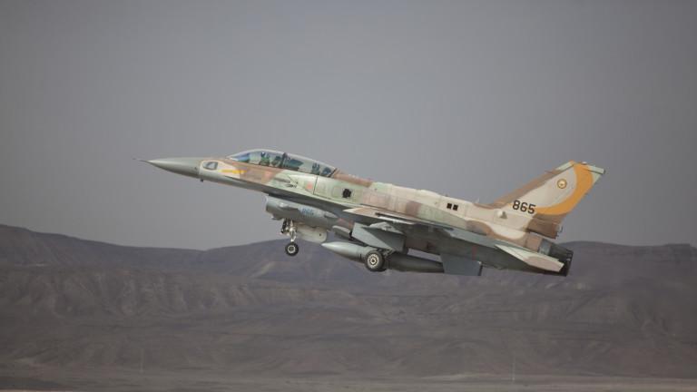 Израелски изтребители са ударили ирански цели в Акраба, Сирия, откъдето