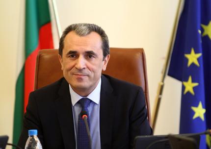 Орешарски: Въвеждаме програми за младежка безработица, стимулираме растежа