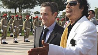 Франция продава военна техника на Либия и обучава спецчастите й