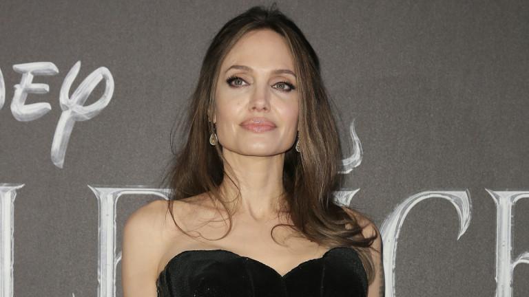 Защо Анджелина не е като другите майки