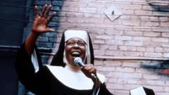 Упи Голдбърг отново ще става монахиня