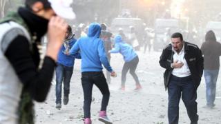 Египетските власти предупредиха протестиращите да се разотидат