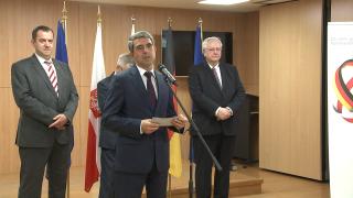 Плевнелиев хвали Полша и Германия – стълбове на ЕС и НАТО