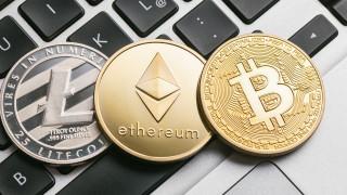 Bitcoin изплува от дъното и поведе криптовалутите нагоре