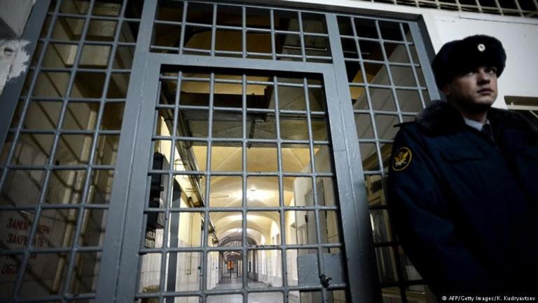 Адвокат се спасява с бягство от Русия след разкрития за мъчения
