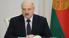 """В. """"Монд"""": Тук се крие силата на режима на Лукашенко"""