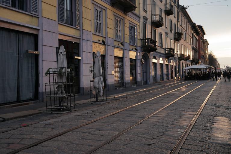 Празна улица в Милано