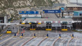 Хаос на границите и забавяне спират доставките от Великобритания към ЕС