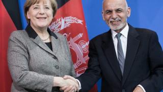 Меркел връща афганистанците, търсещи по-добър живот