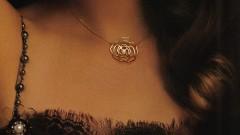 Камелията - знаковото цвете за Коко Шанел