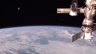 Авария с руски военен спътник в Космоса
