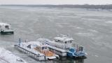 Ледоходът спря фериботите по Дунав