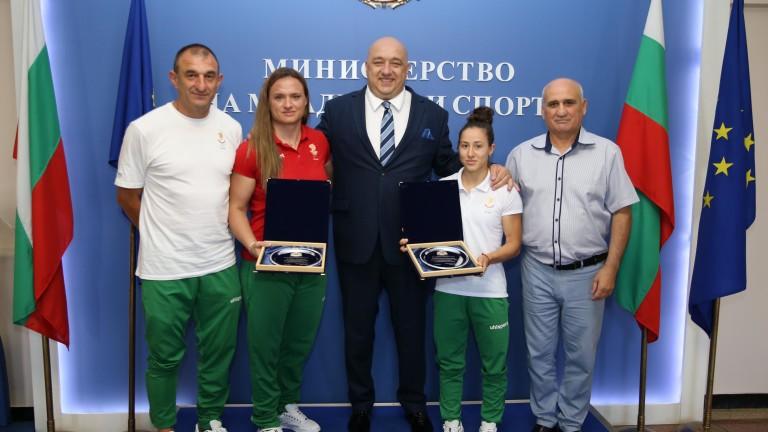 Министър Кралев награди каратето, женското самбо и художествената гимнастика за успехите им на Европейските игри в Минск